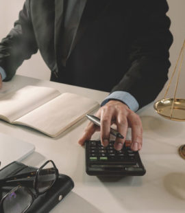 What's-the-Difference-Between-Informal-and-Formal-Court-Accounting