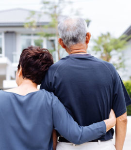 couple in front of house, 5 Signs Your Family Will Fight Over Your Estate